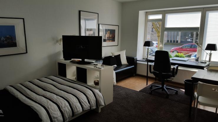 m blierte 1 zimmer wohnung zur zwischenmiete ideal zur dokumenta14 1 zimmer wohnung in. Black Bedroom Furniture Sets. Home Design Ideas