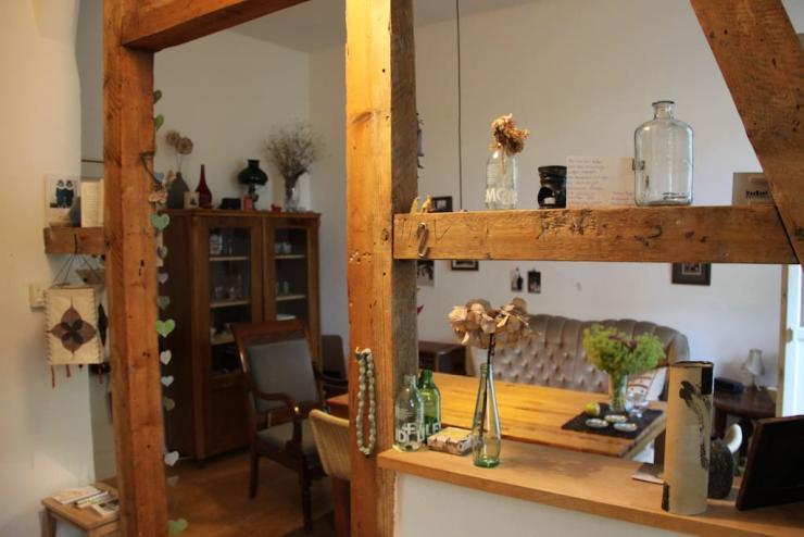 gem tliche altbauwohnung auf dem beliebten lberg f r 3 6 monate wohnung in wuppertal elberfeld. Black Bedroom Furniture Sets. Home Design Ideas