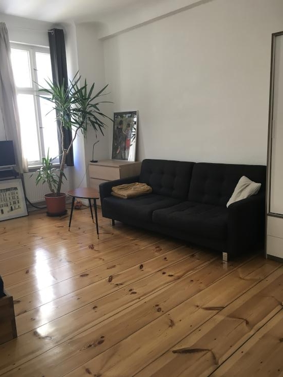 suche nachmieter f r h bsche 1 zi wohnung in beliebter wohnlage 1 zimmer wohnung in berlin. Black Bedroom Furniture Sets. Home Design Ideas