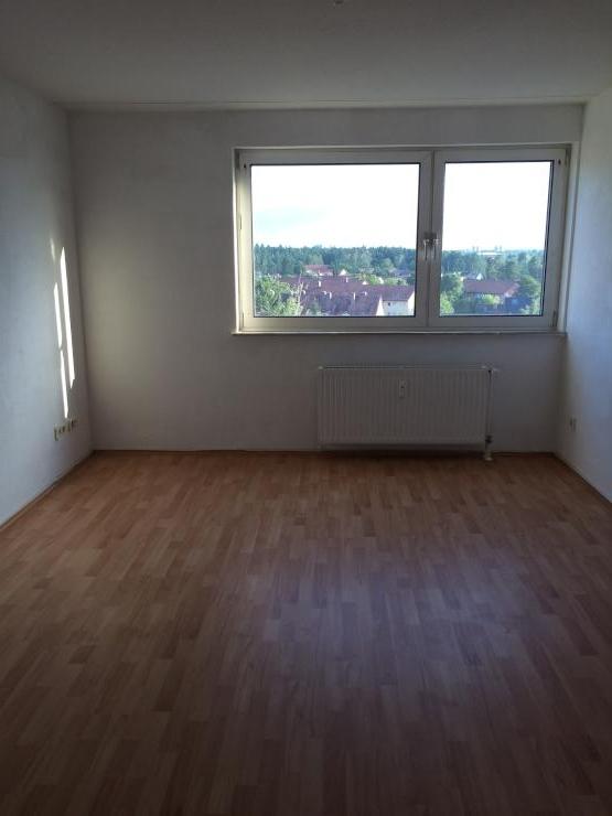 sch ne einzimmerwohnung in erlangen ost 1 zimmer wohnung in erlangen erlangen ost. Black Bedroom Furniture Sets. Home Design Ideas