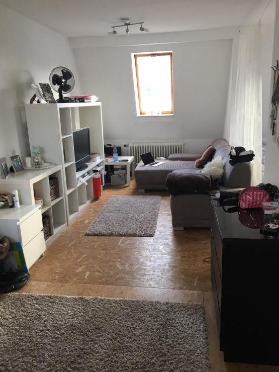 gem tliche 1 zimmer wohnung in direkter n he zum viertel und zum klinikum bremen mitte 1. Black Bedroom Furniture Sets. Home Design Ideas