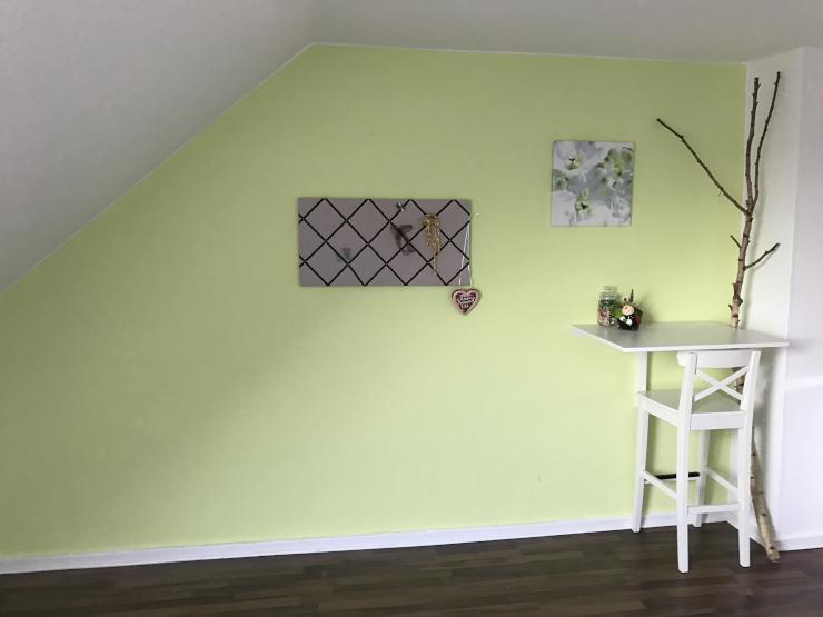 helle einzimmerwohnung dachgeschoss 1 zimmer wohnung in kiel ravensberg. Black Bedroom Furniture Sets. Home Design Ideas