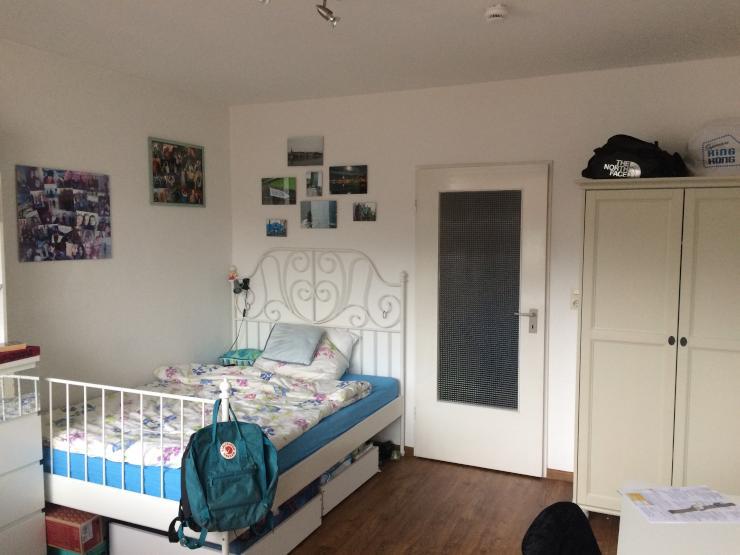 nachmieter in f r 1 zimmer wohnung gesucht nahe brill 340 warm 1 zimmer wohnung in. Black Bedroom Furniture Sets. Home Design Ideas