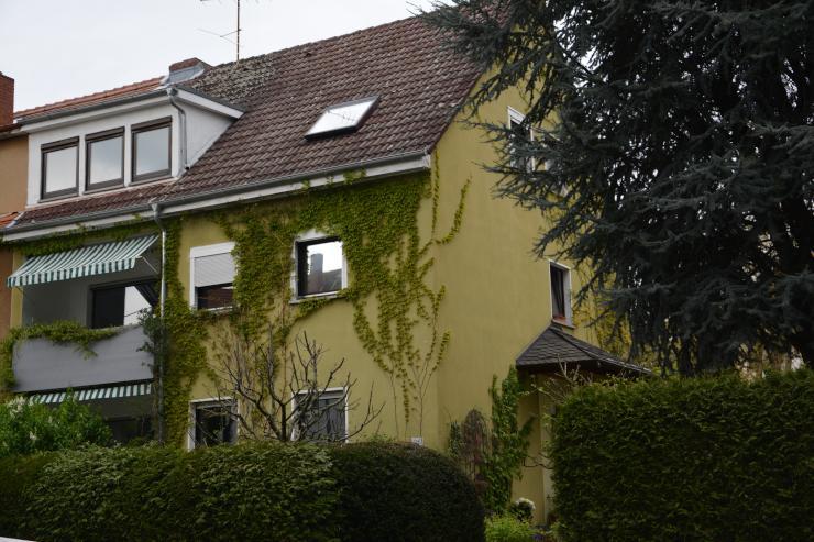 helle 3 zimmer dachgeschosswohnung 63qm frankfurt ginnheim. Black Bedroom Furniture Sets. Home Design Ideas
