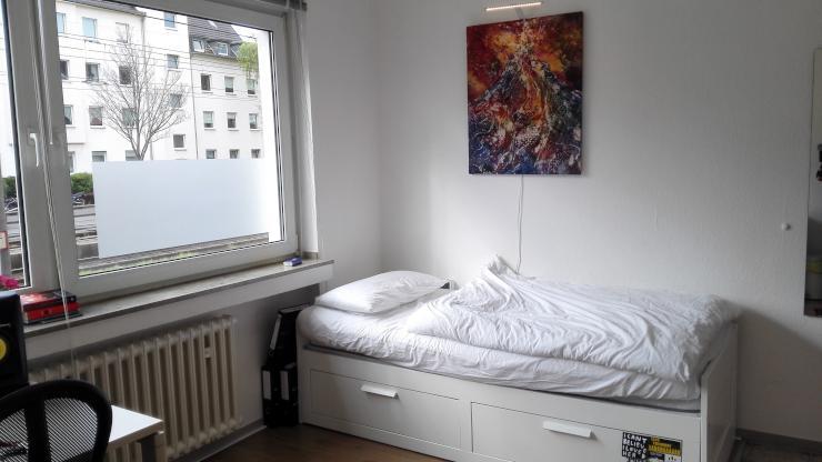 1 zimmer wohnung 10 minuten bis zur universit t 1 zimmer wohnung in k ln klettenberg. Black Bedroom Furniture Sets. Home Design Ideas