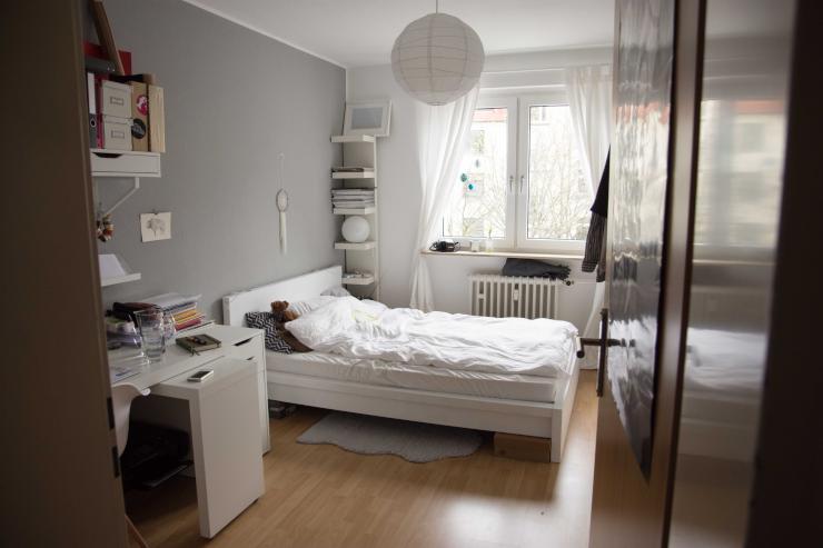 sch nes zimmer im saarlandstra enviertel wg dortmund mitte. Black Bedroom Furniture Sets. Home Design Ideas