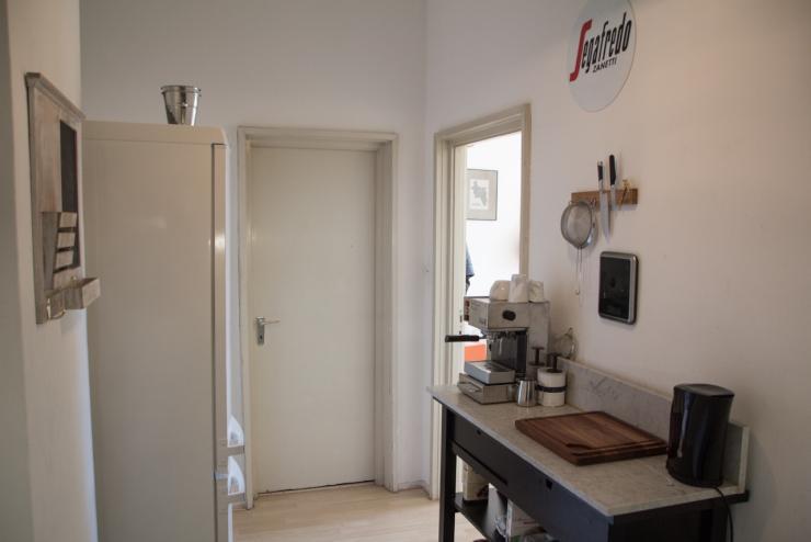 2 zimmer wohnung in lousberg wohnung in aachen aachen. Black Bedroom Furniture Sets. Home Design Ideas