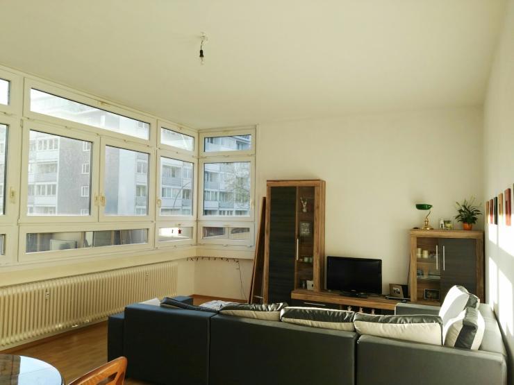 sonnige zentrale zwei zimmer wohnung wohnung in berlin sch neberg. Black Bedroom Furniture Sets. Home Design Ideas