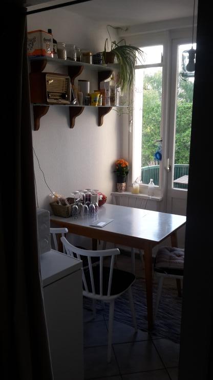 14m zimmer in linden in kleiner 2er wg. Black Bedroom Furniture Sets. Home Design Ideas