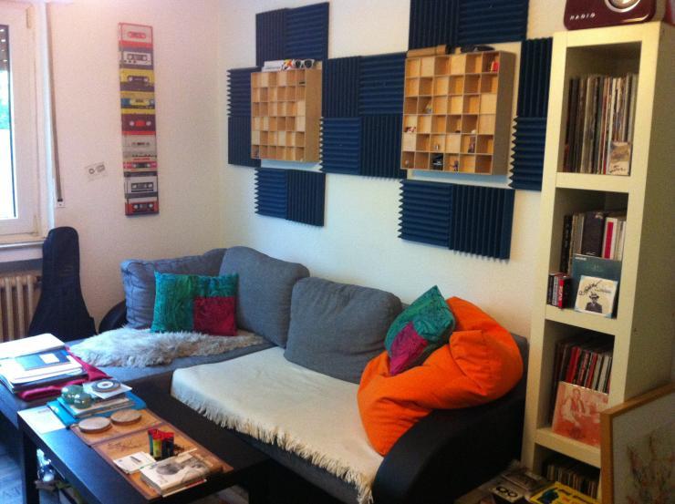 zwischenmieter f r gem tliche 1 5 zimmer wohnung in. Black Bedroom Furniture Sets. Home Design Ideas