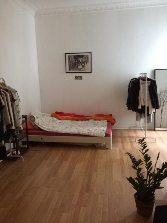 sch ne 2 zimmer wohnung im herzen von neuk lln wohnung. Black Bedroom Furniture Sets. Home Design Ideas