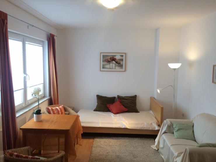 citynahes m bliertes 1 zimmer appartement ab sofort 1 zimmer wohnung in bremen schwachhausen. Black Bedroom Furniture Sets. Home Design Ideas