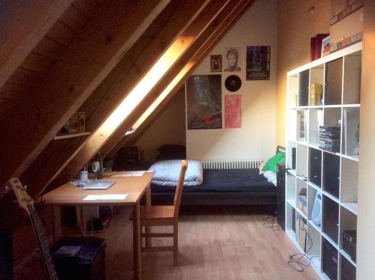 4 zimmer dg wg maisonette zentrale lage balkon wohnzimmer 153m zimmer in augsburg pfersee. Black Bedroom Furniture Sets. Home Design Ideas