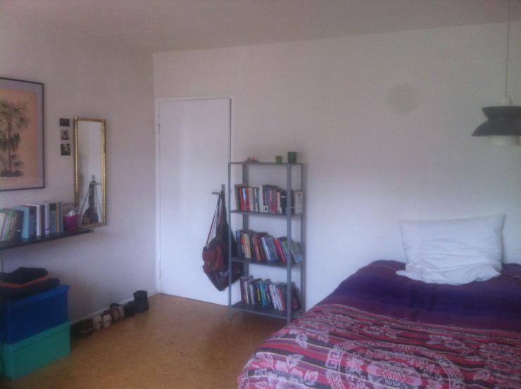 sch ne wohnung in neuk lln zwischenmiete wgs berlin neuk lln. Black Bedroom Furniture Sets. Home Design Ideas