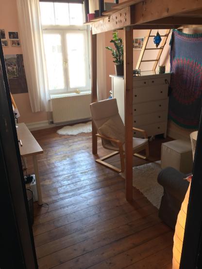 wundersch nes zimmer im altbau zu vergeben wg zimmer in. Black Bedroom Furniture Sets. Home Design Ideas