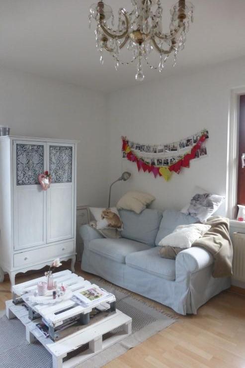 sch nes zimmer in gro er 2er wg wg zimmer in augsburg innenstadt. Black Bedroom Furniture Sets. Home Design Ideas