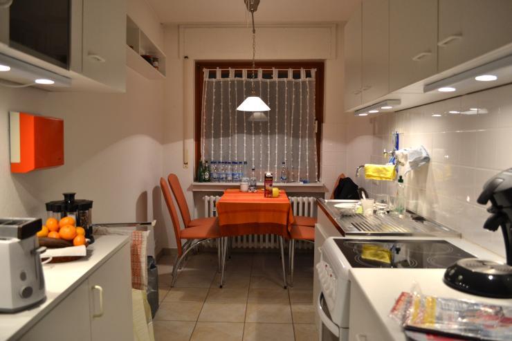 3 zimmer wohnung in bonn duisdorf ideal f r studenten wg wohnung in bonn duisdorf. Black Bedroom Furniture Sets. Home Design Ideas
