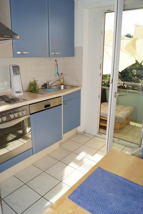 sch ne gem tliche 2 zimmer wohnung wohnung in heidelberg ochsenkopf zwischen bergheim und. Black Bedroom Furniture Sets. Home Design Ideas