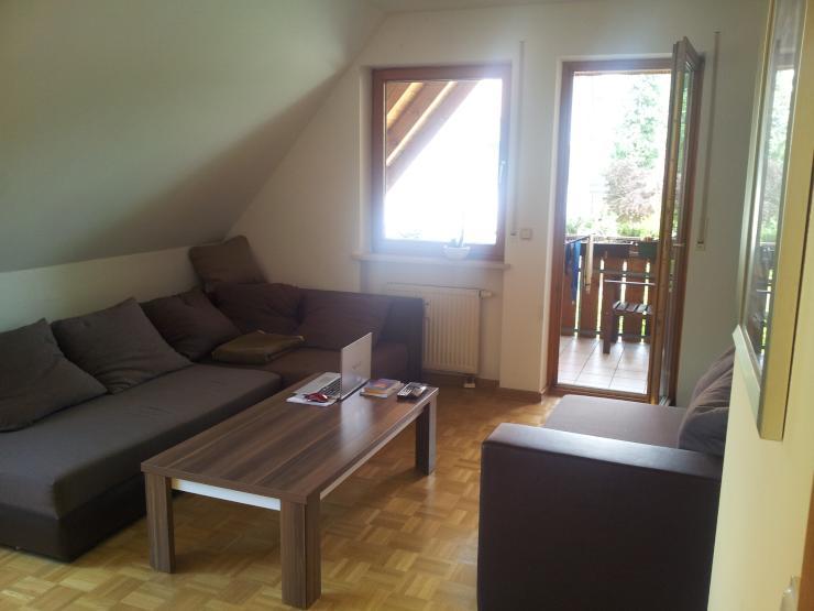 sch ne ruhige 3 zimmer wohnung in 2 parteien haus in augsburg haunstetten wohnung in. Black Bedroom Furniture Sets. Home Design Ideas