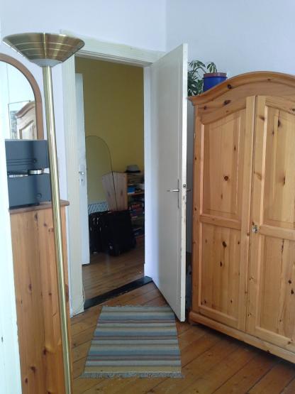 gemeinsames leben und wohnen in citynaher 3er wg. Black Bedroom Furniture Sets. Home Design Ideas