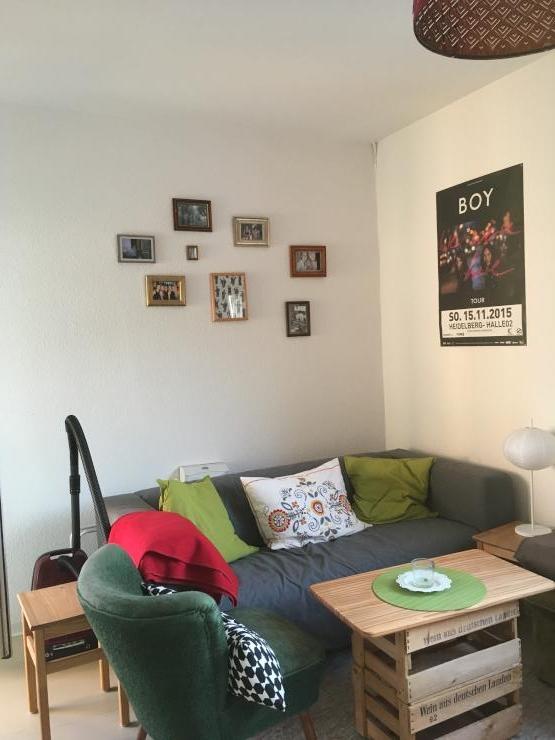 sch ne m blierte 2 zimmerwohnung in heidelberger weststadt zur zwischenmiete wohnung in. Black Bedroom Furniture Sets. Home Design Ideas
