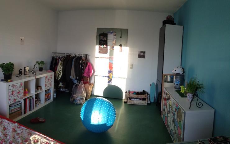 zimmer in studentenwohnheim in der n he von volksgarden. Black Bedroom Furniture Sets. Home Design Ideas
