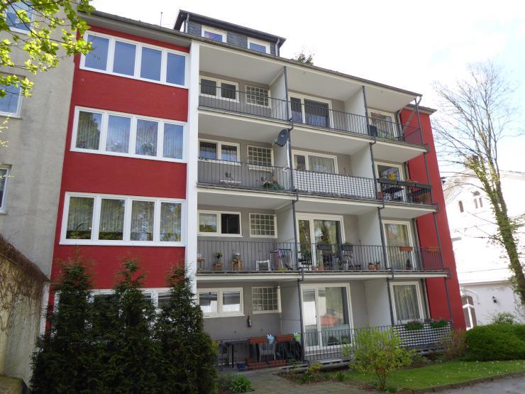 erstbezug gro e 3 zi wohnung mit balkon auch als 2er wg f r studenten wohnung in wuppertal. Black Bedroom Furniture Sets. Home Design Ideas