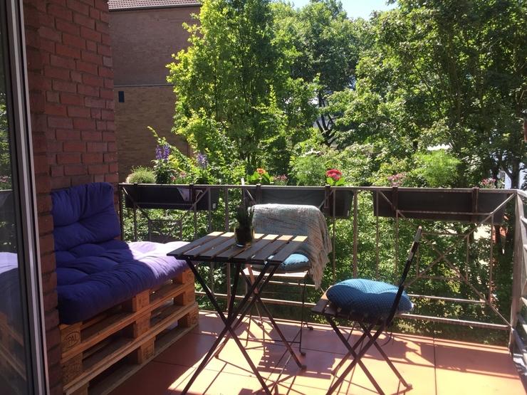 4 wochen zwischenmiete wohnung mit balkon im k lner s den. Black Bedroom Furniture Sets. Home Design Ideas