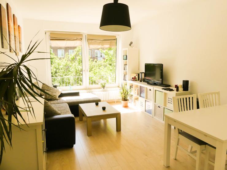 nachmieter gesucht f r zentrale 2 zimmerwohnung wohnung in hamburg eimsb ttel. Black Bedroom Furniture Sets. Home Design Ideas