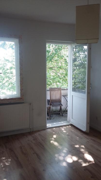gem tliches 2er wg zimmer in toplage wg suche berlin sch neberg. Black Bedroom Furniture Sets. Home Design Ideas