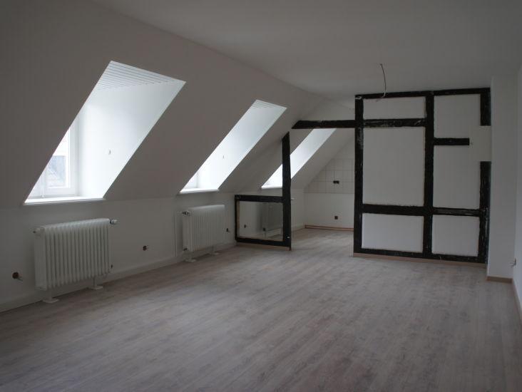 maisonette altbau wohnung mit blick ber wuppertal in elberfelder nordstadt wohnung in. Black Bedroom Furniture Sets. Home Design Ideas