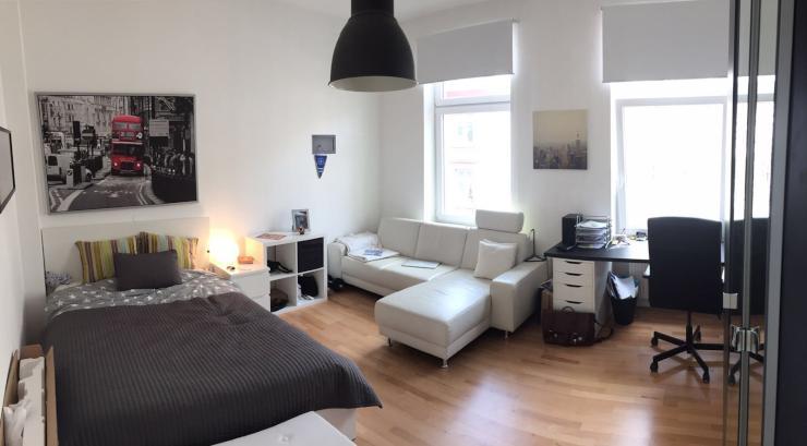 2 zimmer wohnung mit einbauk che abzugeben wg geeignet zentral auf berger stra e wohnung in. Black Bedroom Furniture Sets. Home Design Ideas