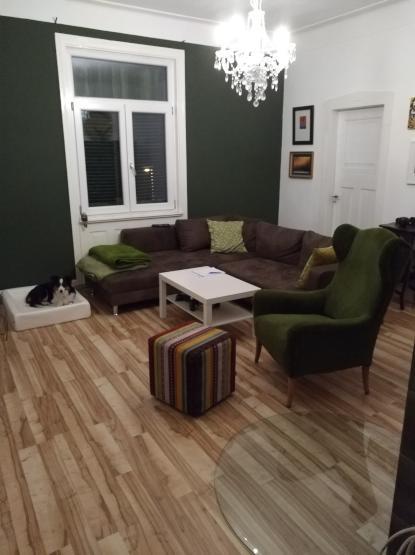 gro es zimmer in gem tlicher 3er wg wg zimmer in stuttgart stuttgart. Black Bedroom Furniture Sets. Home Design Ideas