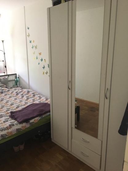 m bliertes 24m zimmer in 3er wg wg zimmer in wuppertal elberfeld. Black Bedroom Furniture Sets. Home Design Ideas
