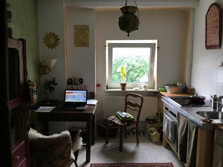 kleine s e 1 raum wohnung in ruhiger gr ner lage 1 zimmer wohnung in rostock stadtmitte. Black Bedroom Furniture Sets. Home Design Ideas