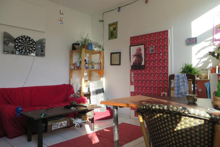 h bsches zimmer in altbauwohnung 3er wg wohngemeinschaft in dortmund mitte. Black Bedroom Furniture Sets. Home Design Ideas
