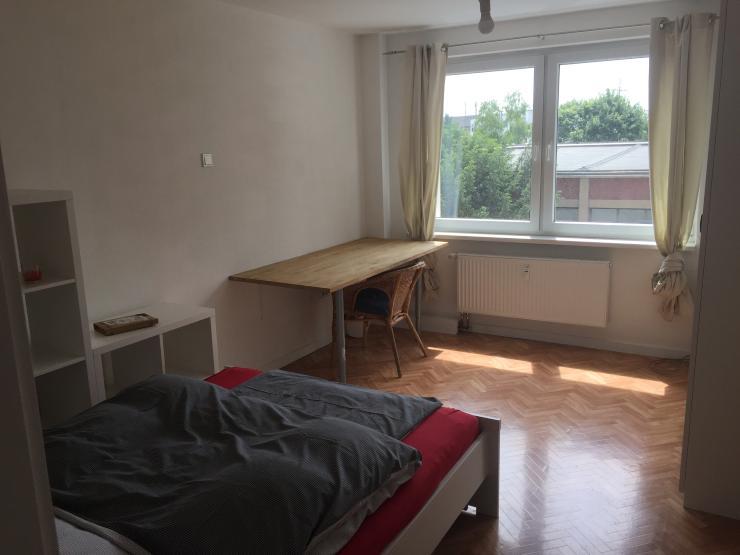 sch ne 2 zimmerwohnung im herzen der k lner s dstadt. Black Bedroom Furniture Sets. Home Design Ideas