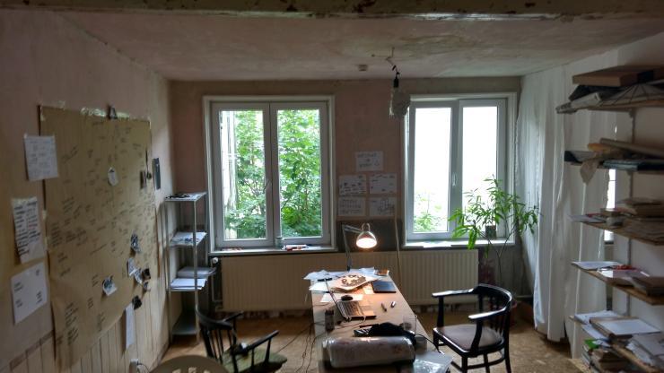 studio apartment wohnatelier in altona 1 zimmer wohnung in hamburg altona nord. Black Bedroom Furniture Sets. Home Design Ideas