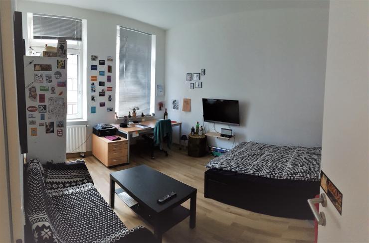sch ne 2 zimmer wohnung nahe innenstadt wohnung in aachen aachen. Black Bedroom Furniture Sets. Home Design Ideas