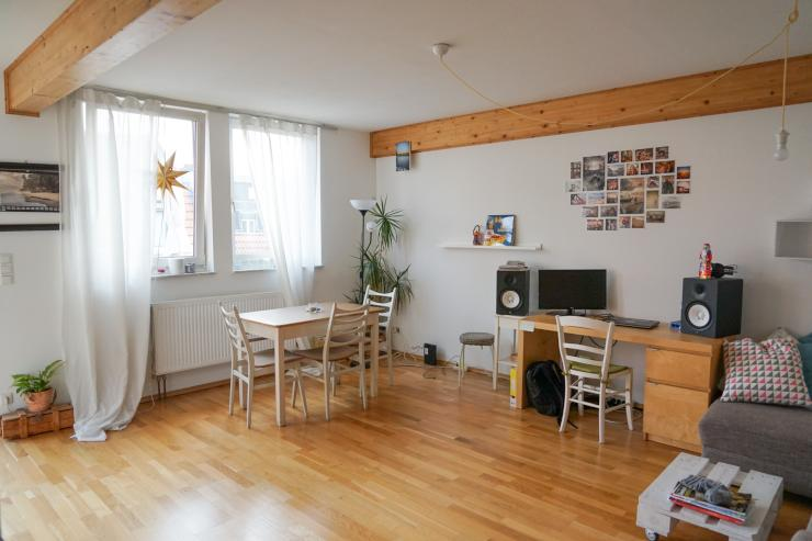 helle 2 zimmer wohnung in s lz m bliert ruhig und zentral wohnung in k ln k ln. Black Bedroom Furniture Sets. Home Design Ideas