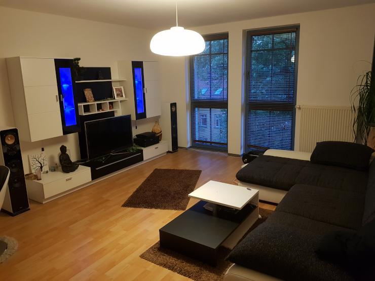 sch ne wohnung in wei ensee wohnung in berlin wei ensee. Black Bedroom Furniture Sets. Home Design Ideas