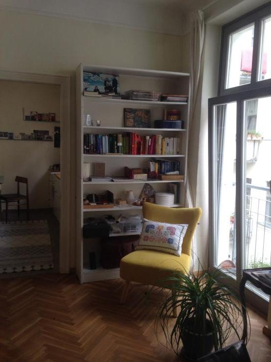 wundersch ne kleine 1 zimmerwohnung 1 zimmer wohnung in berlin prenzlauer berg. Black Bedroom Furniture Sets. Home Design Ideas