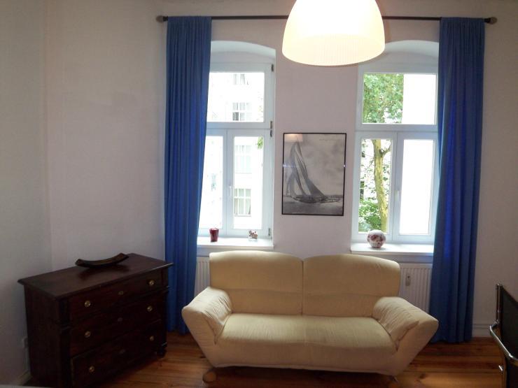 prenzlauer berg helmholzplatz wundersch n m bliertes 1 zimmer apartment 1 zimmer wohnung in. Black Bedroom Furniture Sets. Home Design Ideas