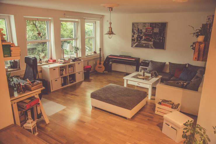 wundersch ne 2 zimmer wohnung in weiden zur zwischenmiete. Black Bedroom Furniture Sets. Home Design Ideas