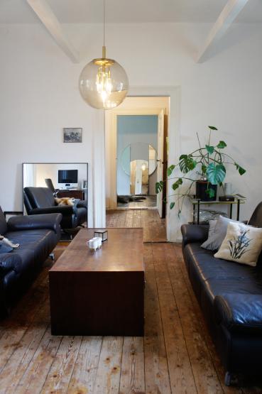 stylische 2 zkb wohnung mit stil zur zwischenmiete wohnung in halle saale. Black Bedroom Furniture Sets. Home Design Ideas