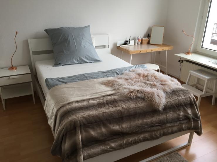 m biliertes 15qm gro es zimmer am paradeplatz wg zimmer in mannheim quadrate. Black Bedroom Furniture Sets. Home Design Ideas