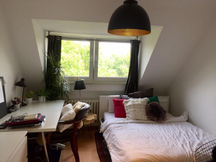 15 m wg zimmer in s lz zur zwischenmiete wg zimmer k ln s lz. Black Bedroom Furniture Sets. Home Design Ideas