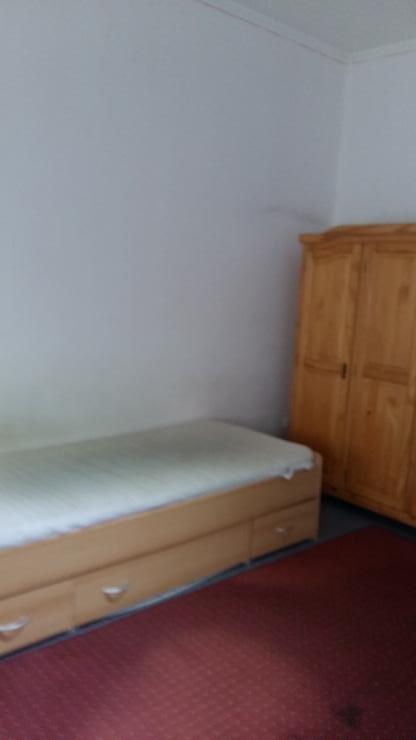 m bilierte wohnung in essen katzenbruch stra e 1 zimmer. Black Bedroom Furniture Sets. Home Design Ideas