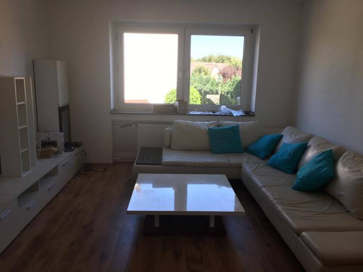 12 75m2 gemeinsames wohnzimmer bad als auch k che wg. Black Bedroom Furniture Sets. Home Design Ideas