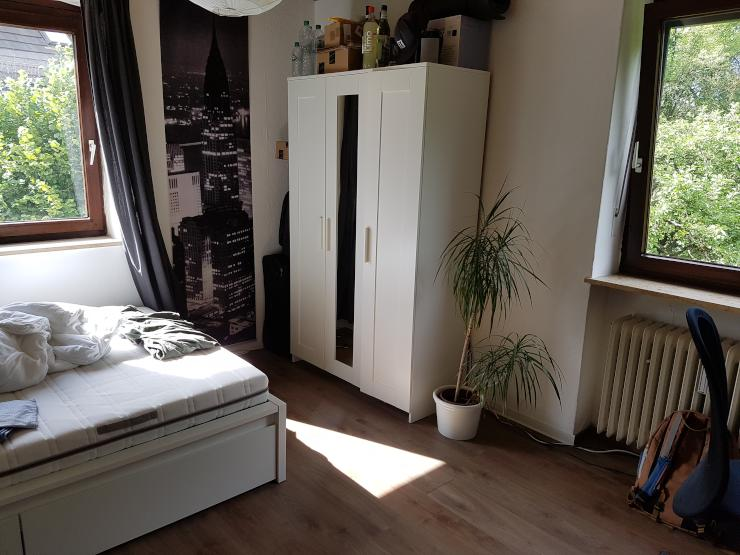 m biliertes 14qm zimmer in 3er wg zur zwischenmiete wg m nchen m bliert m nchen westpark. Black Bedroom Furniture Sets. Home Design Ideas